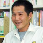 新婚ホヤホヤの現場監督(知念史朗)